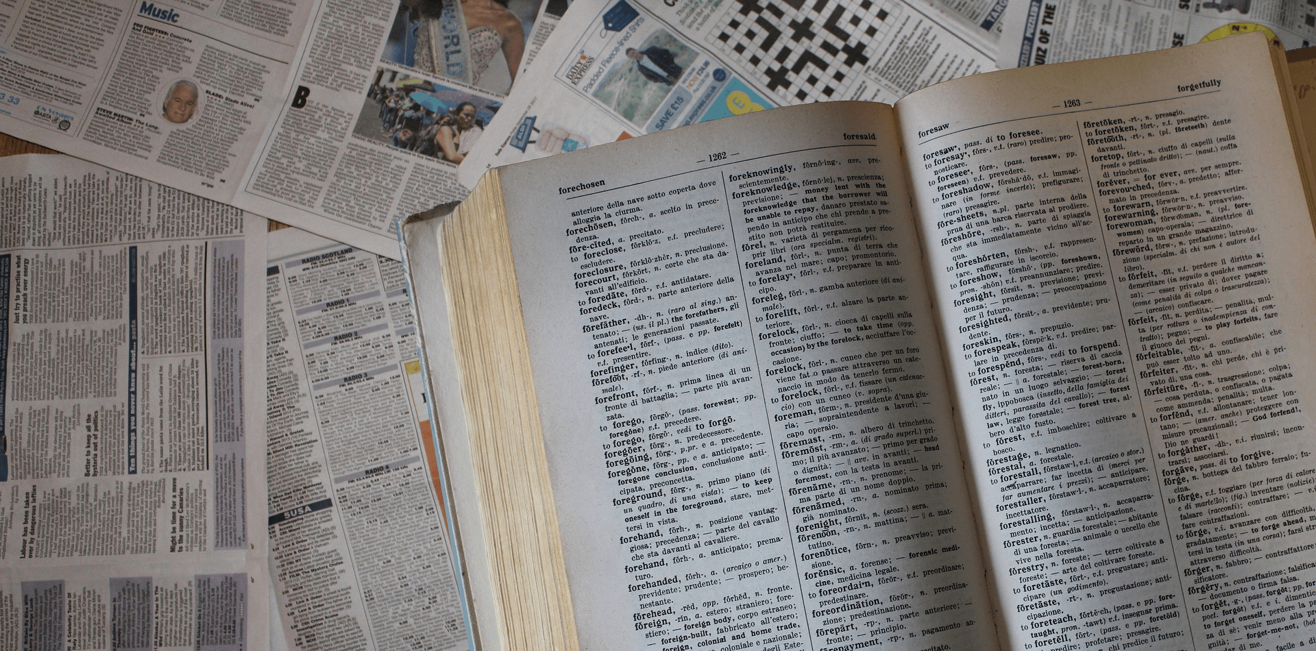 dictionary-2875159_1920-1